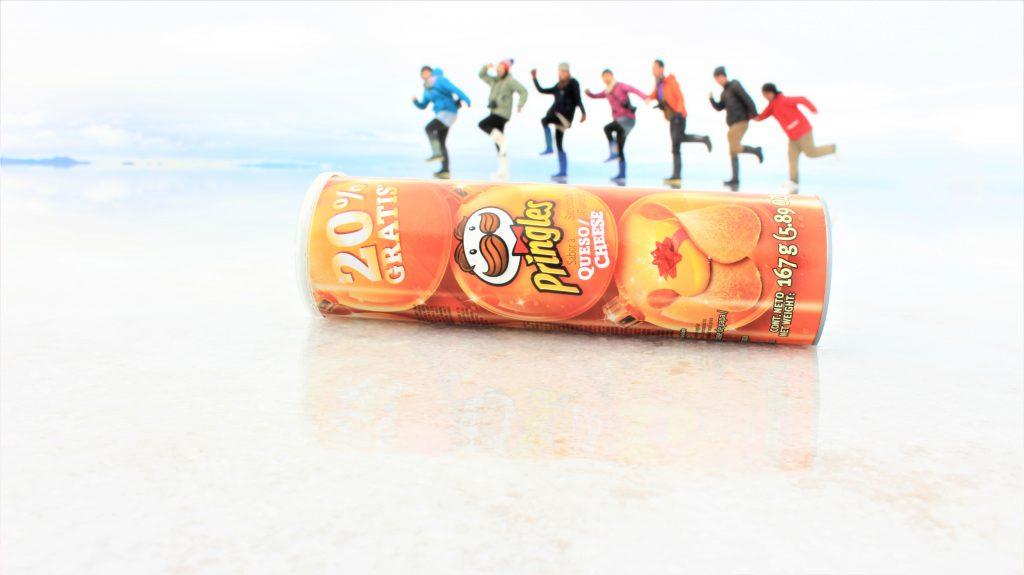 世界一周おもしろ絶景写真ウユニ塩湖プリングルス