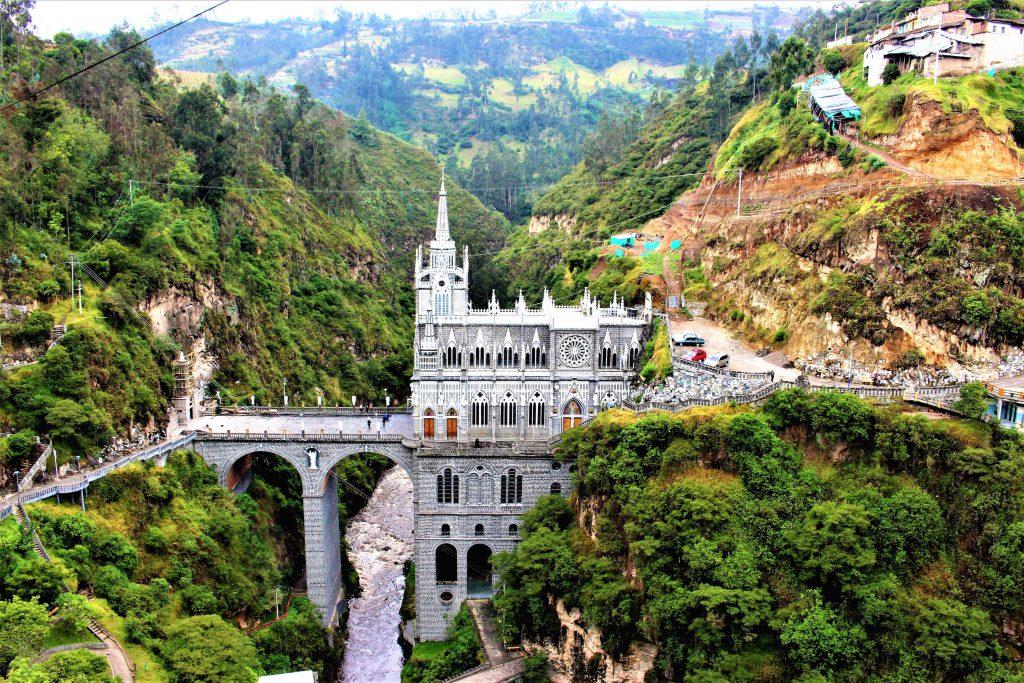 コロンビアのおすすめ観光スポット ラス・ラハスの教会