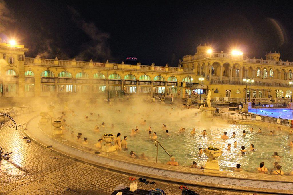 冬の海外旅行にオススメ ハンガリーの温泉