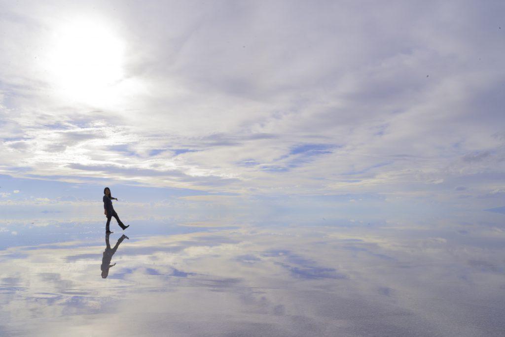 世界一周旅行 女子一人旅絶景 ウユニ塩湖