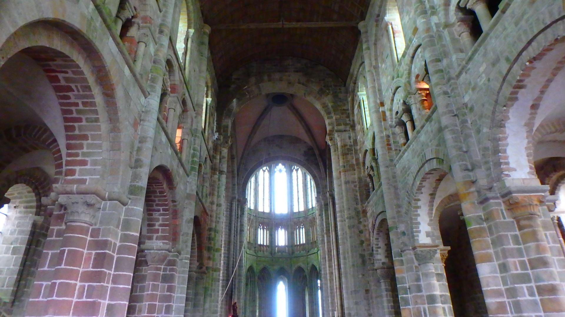 モンサンミッシェル修道院付属教会内部