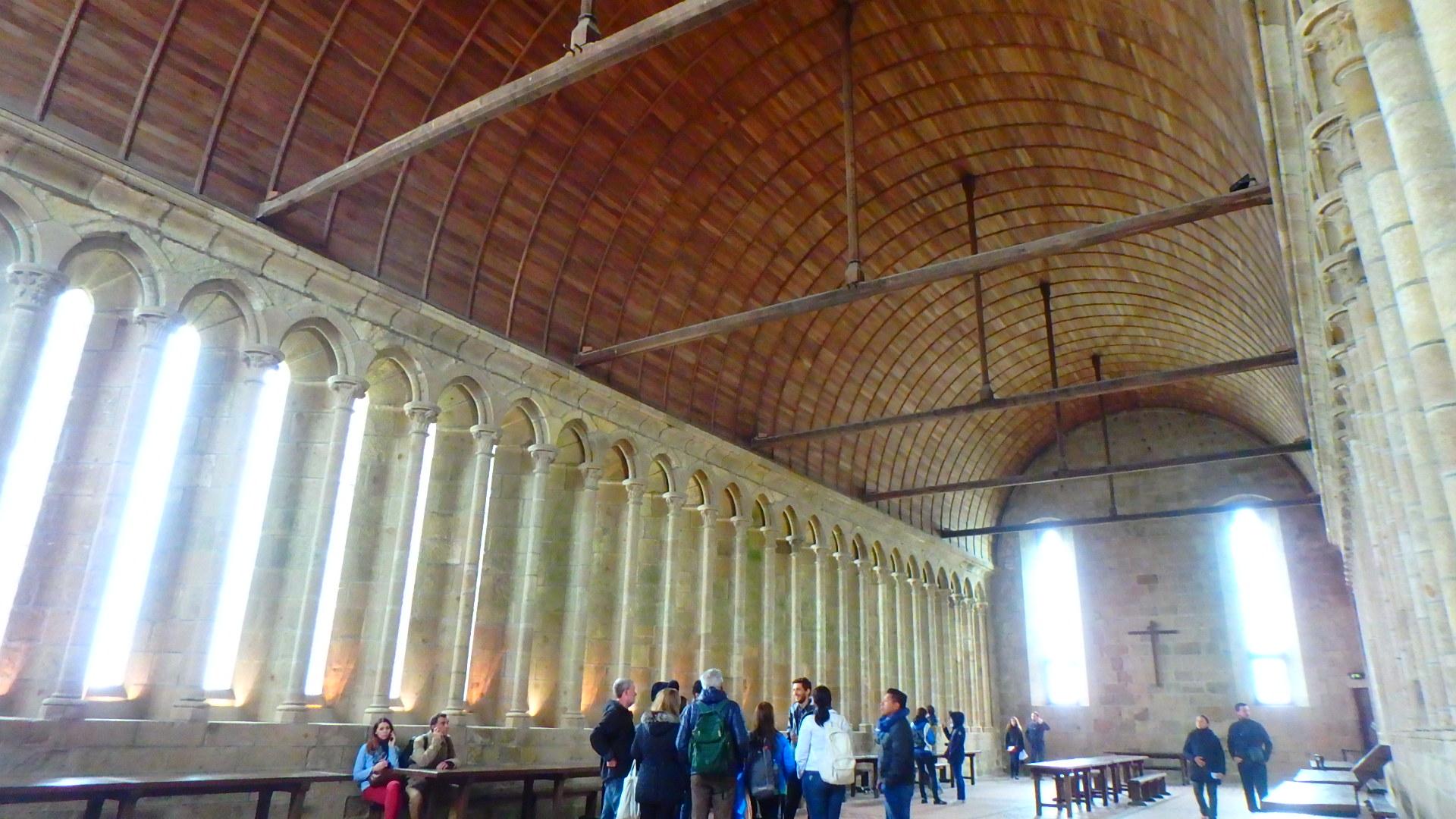 モンサンミッシェル修道院食堂(Réfectoire)