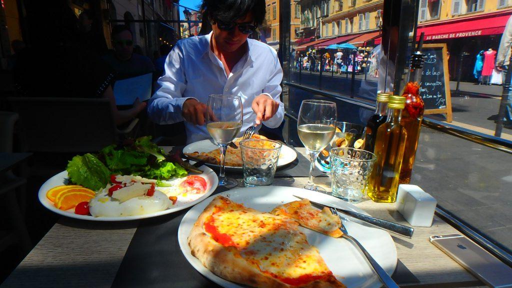フランス ニースの料理が美味しい イタリアのピザ