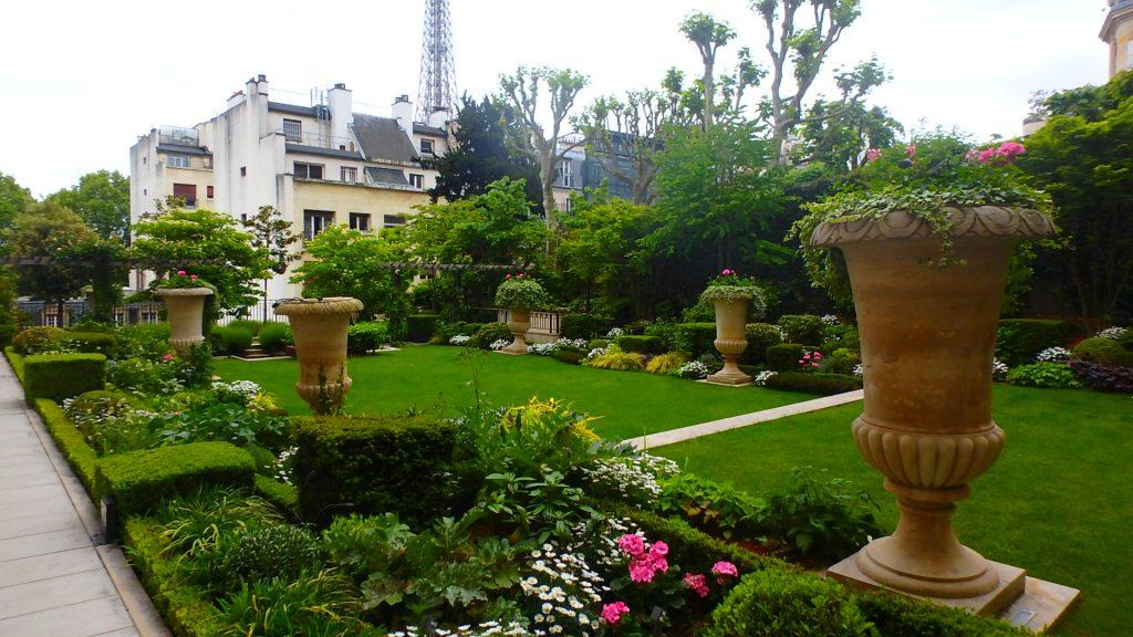 シャングリラホテルパリのお庭ガーデン