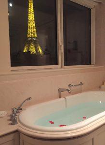 パリでおすすめの高級ホテル ハネムーンやカップルにも