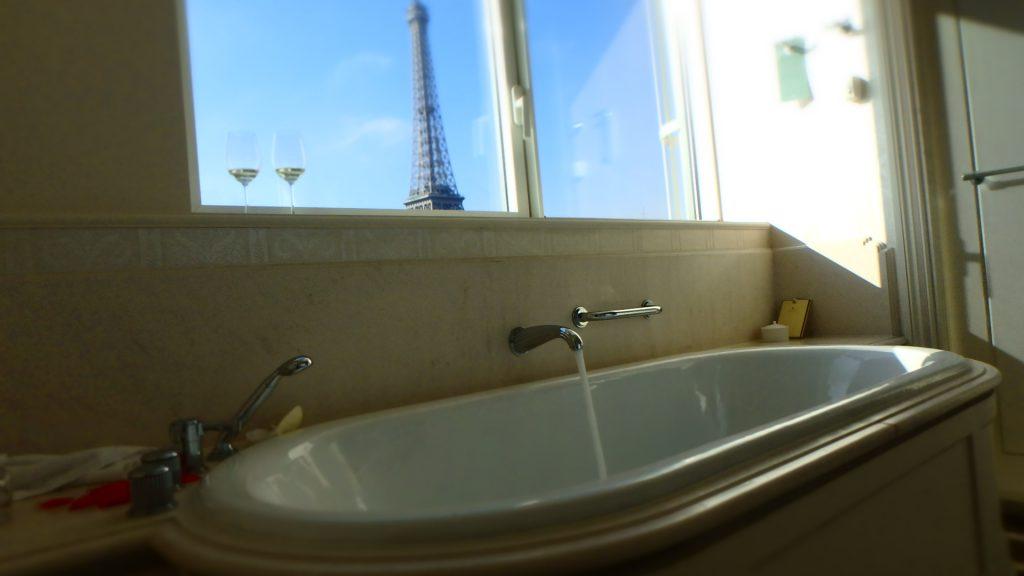 海外のホテルのお風呂 スリッパかサンダルが必需品