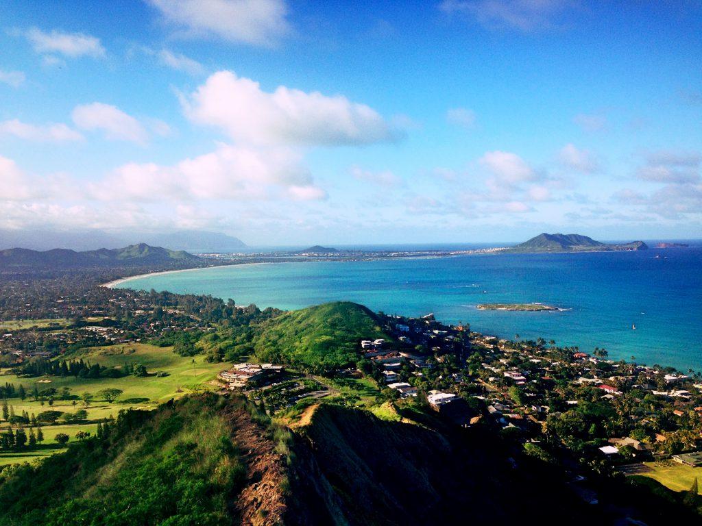 ハワイ絶景ハイキングラニカイピルボックスハイクLanikai Pillbox Hike