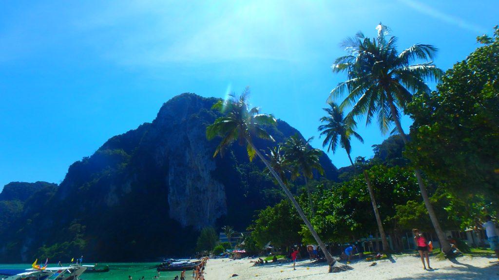 タイの絶景ビーチ ピピ島ツアー