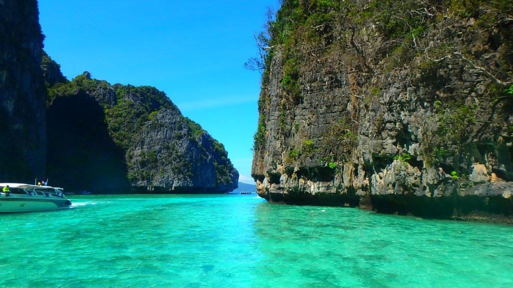 世界有数の絶景ビーチピピ島ピレーラグーン