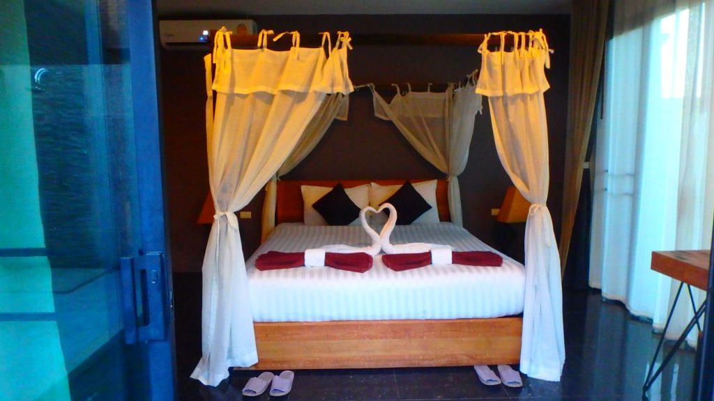 プーケット空港に近いホテルThe kiri villas resortは全室プール付き
