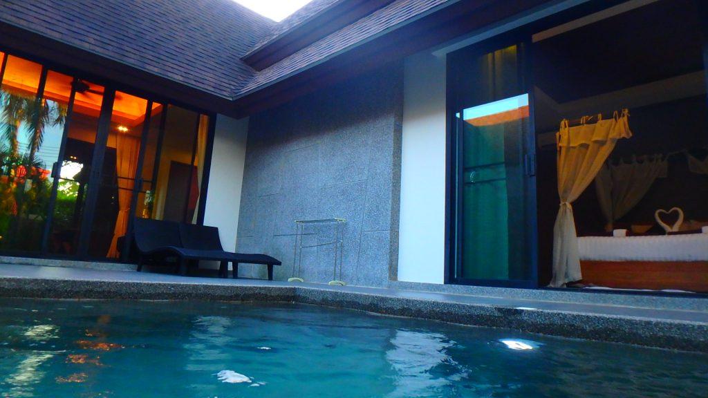プーケットThe kiri villas resortザキリ ヴィラズリゾートは全室プール付き