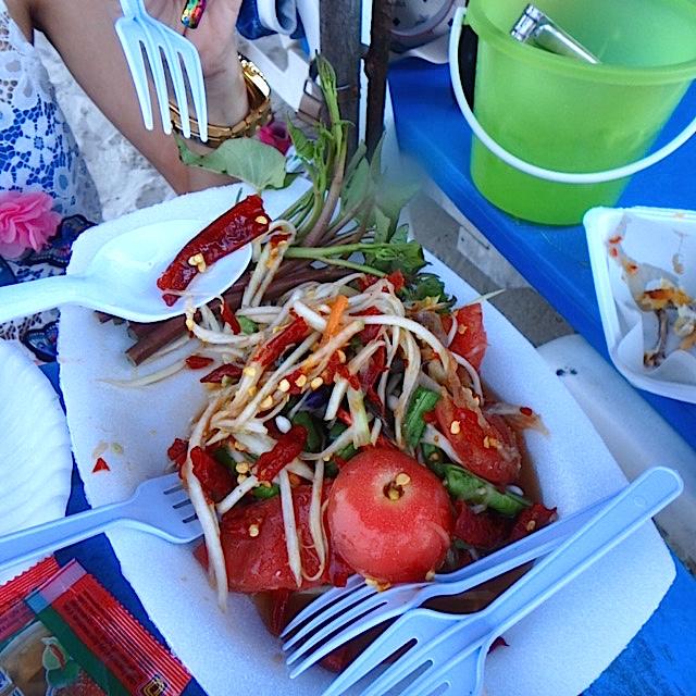 タイラン島ビーチの美味しいソムタム