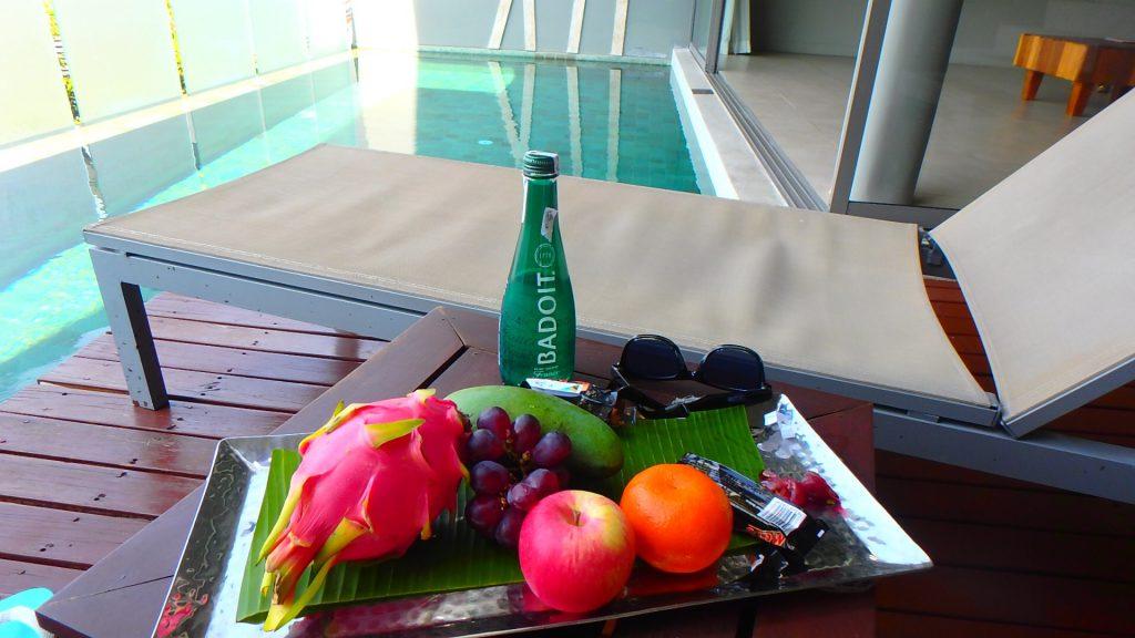 タイプーケットのホテルプライベートプール付きの部屋パトンビーチ
