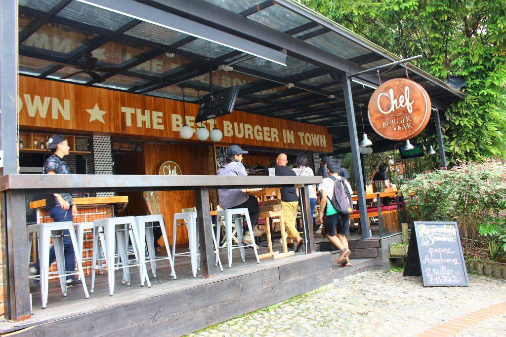 コロンビアの都市メデジンのお洒落な店Chef Burger Bar