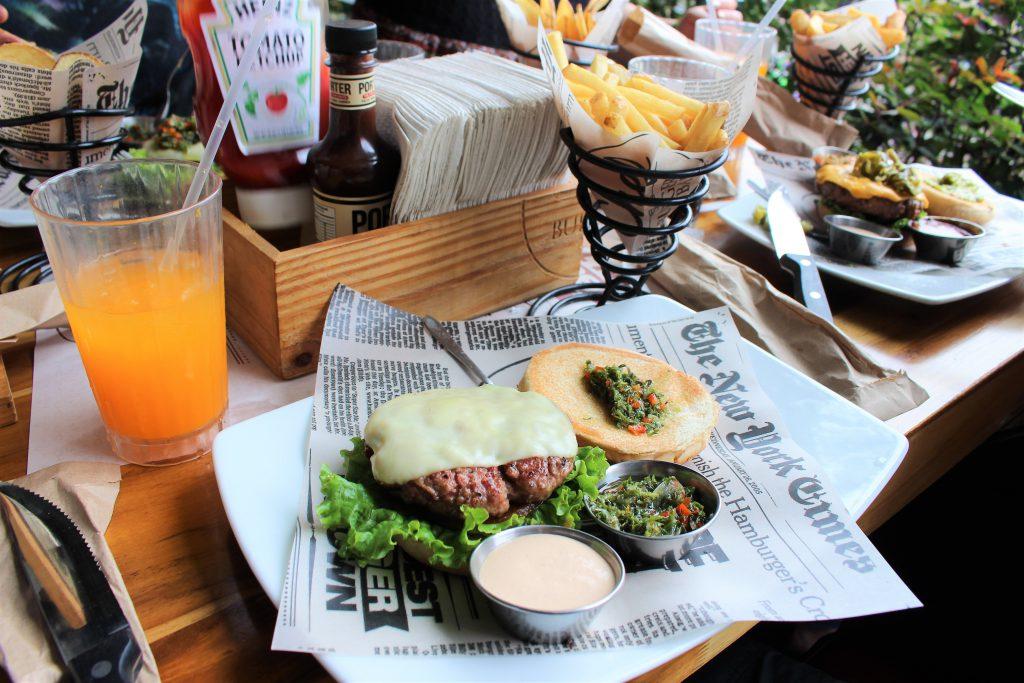 コロンビアおすすめのChef Burger Bar 美味しいハンバーガー