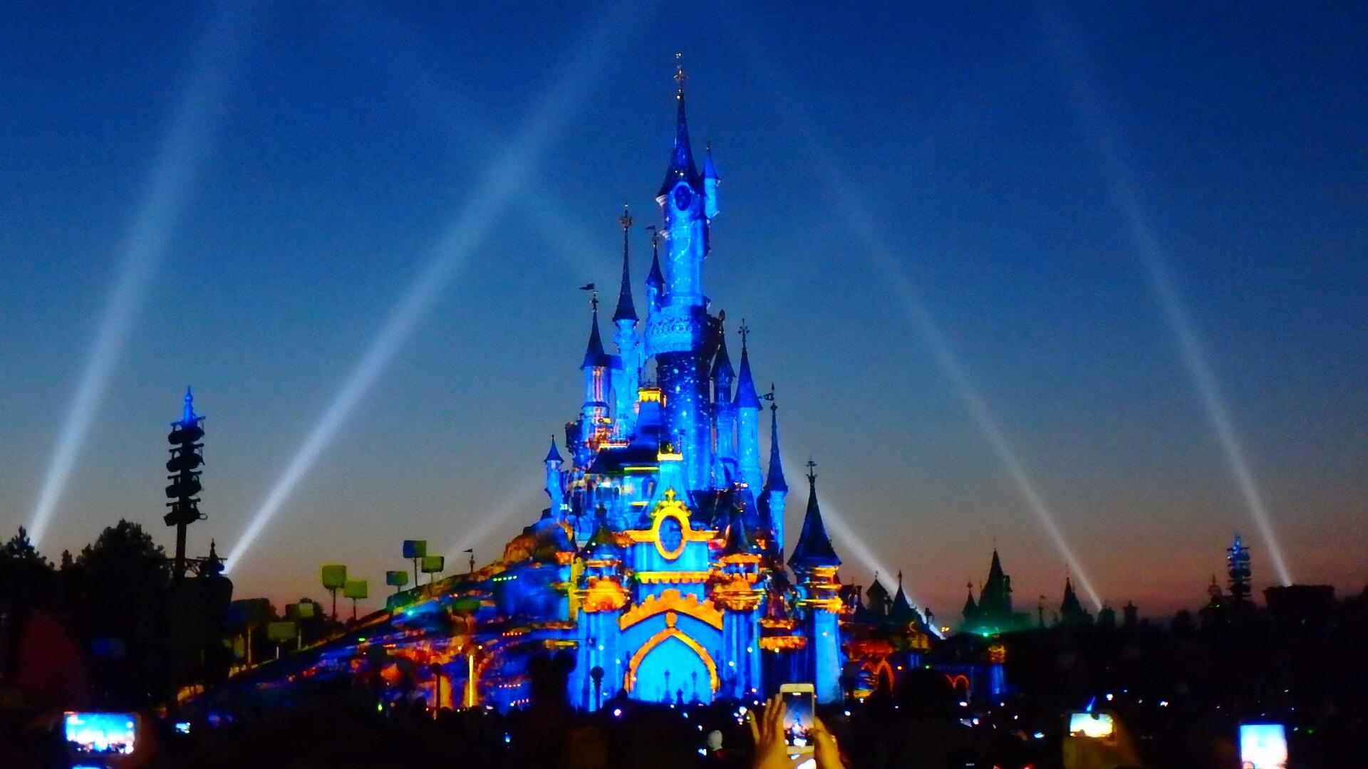 パリのディズニー 夜のショーと花火 良く見える観覧場所
