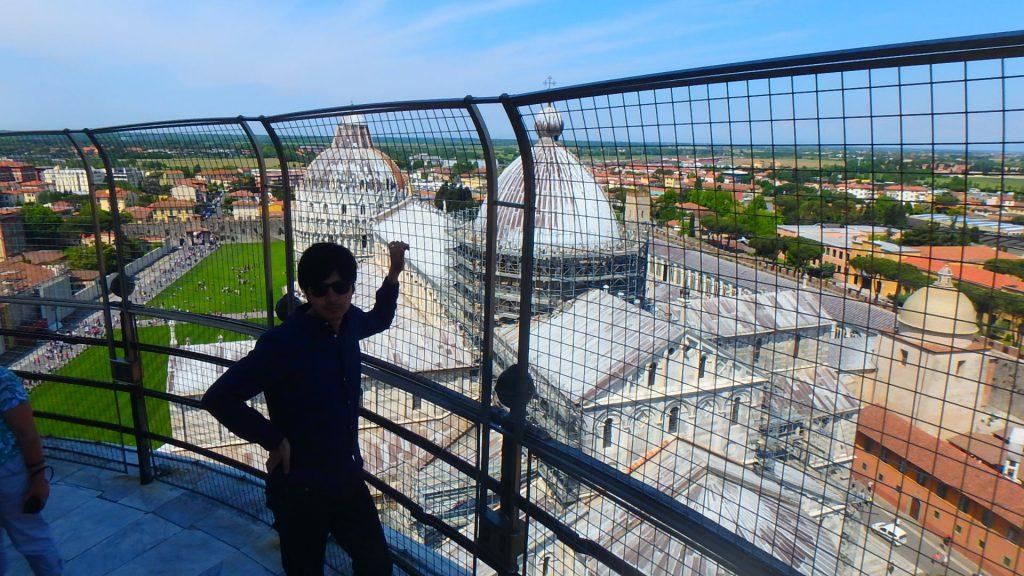 ピサの斜塔ドゥオーモ 上から