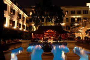 ベトナム ハノイ ソフィテルメトロポールホテルのプール