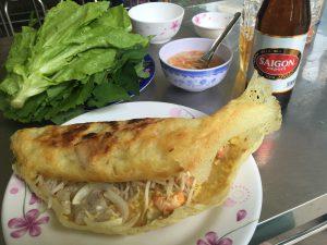 ベトナム風お好み焼きバインセオ 海老 もやし
