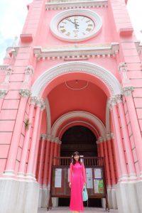 ベトナム Tan Dinh Church(タンディン教会)とアオザイ