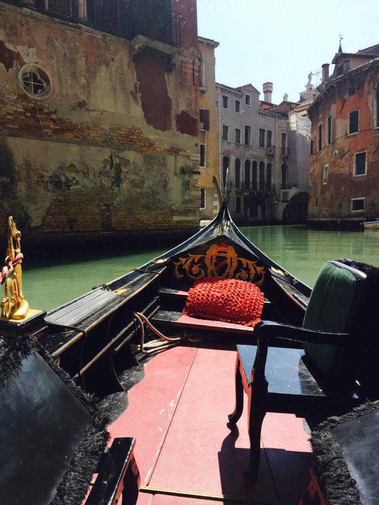 イタリアベネチアの歴史をプライベートゴンドラで