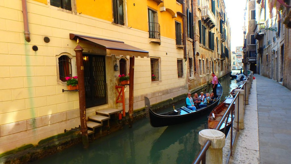 ベネチア旅行 ゴンドラ貸切
