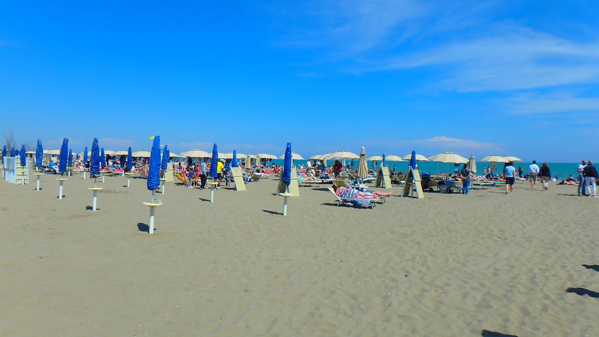 ベネチアの離島リド島にはビーチがあり海水浴ができる