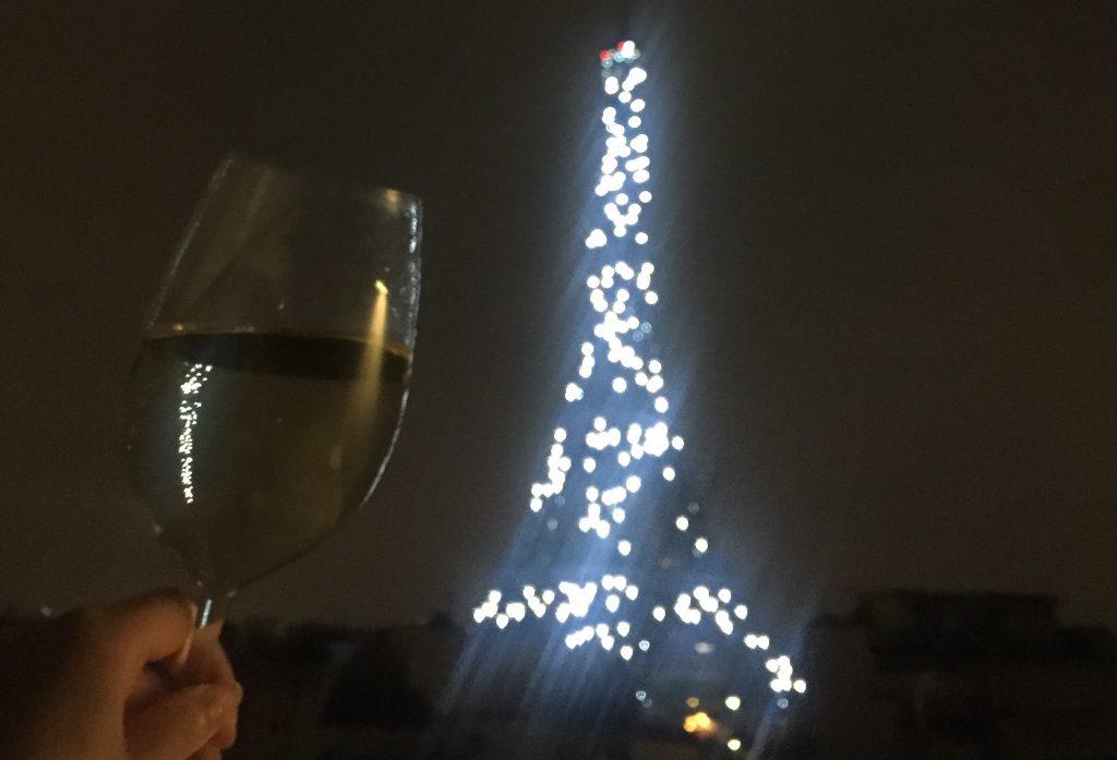 シャンパンフラッシュ 深夜 消灯寸前