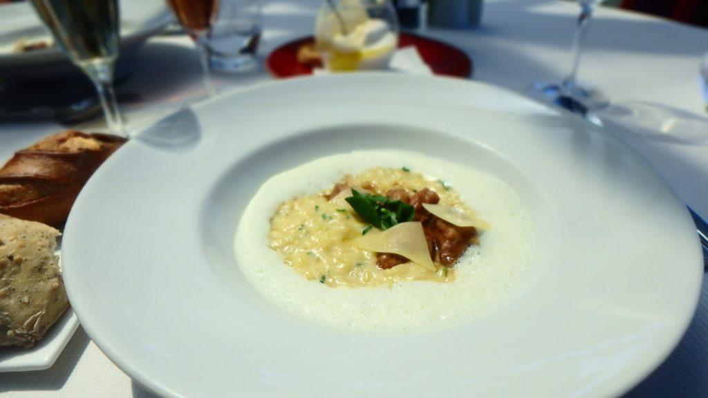 パリの美味しすぎるチーズリゾット エッフェル塔付近のレストラン