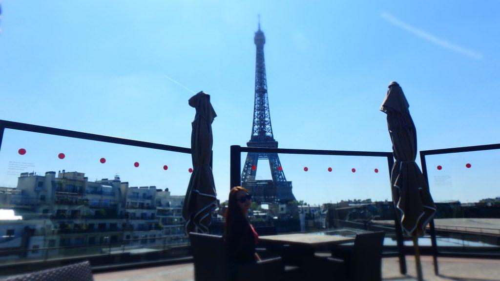 エッフェル塔が見えるパリのおすすめレストラン