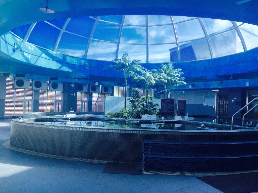 台湾・台北のホテルにはプールがある!ジャグジーも
