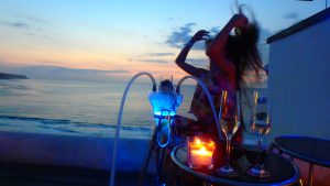 海外の絶景オーシャンビューBar&レストラン バリ島