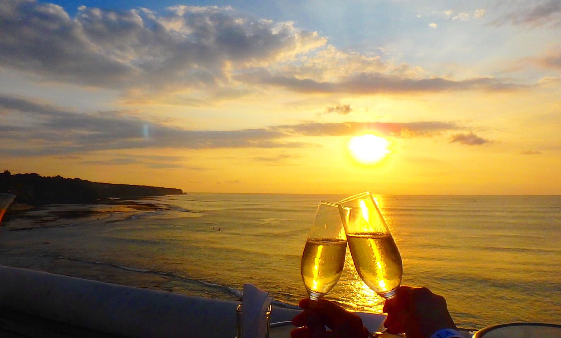 夕日とシャンパン 綺麗な海の写真を撮るコツ