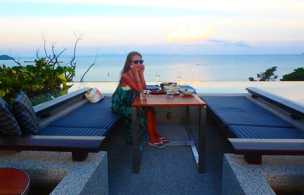 海外のおすすめBar&レストラン オーシャンビュー