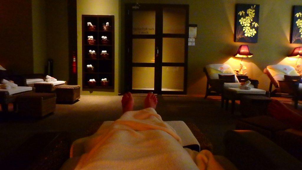クアラルンプール国際空港内のマッサージが気持ち良くて爆睡