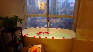 初めての海外旅行におすすめの国 上海の夜景が綺麗なホテル