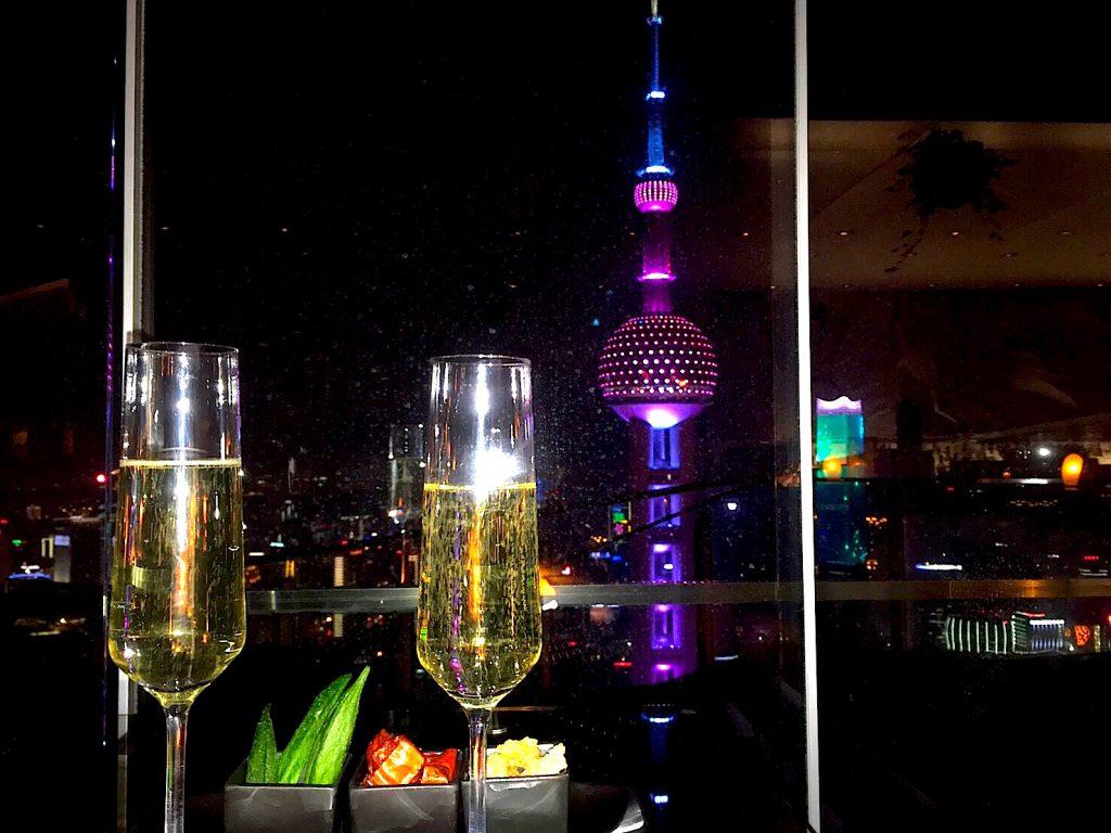 海外の夜景が見えるおすすめ絶景Bar 上海