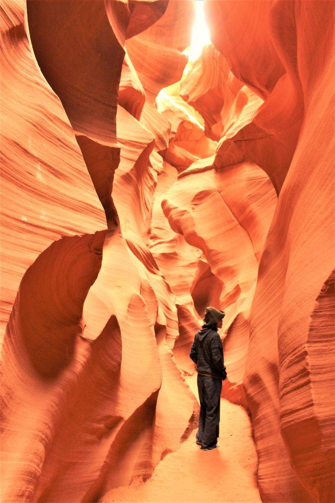 絶景!アリゾナ州 ロウワーアンテロープキャニオン