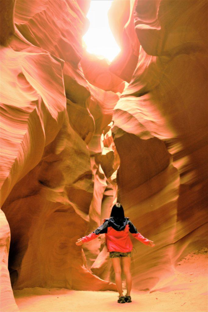 一生に一度は行きたい!絶景のアンテロープキャニオン