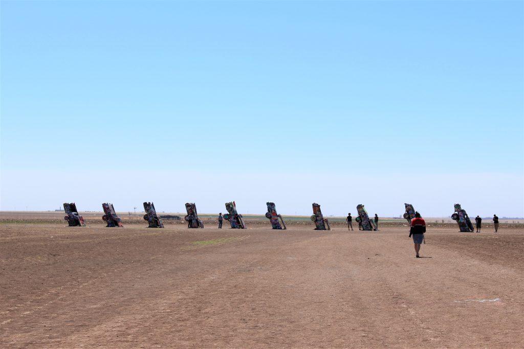 アメリカ横断の旅 テキサス キャデラックランチ