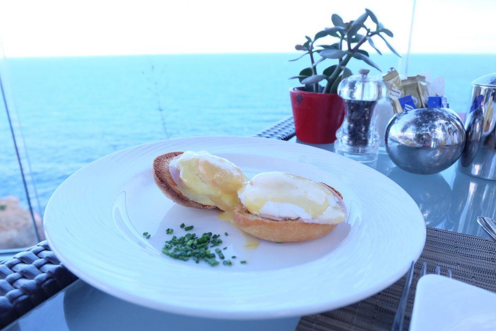 マヨルカ島ジュメイラホテル 朝食 オーシャンビュー