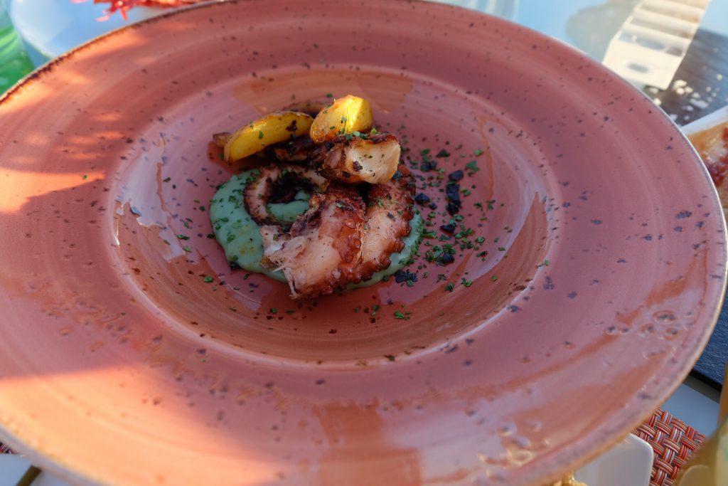 マヨルカ島ジュメイラホテル レストランでスペイン料理