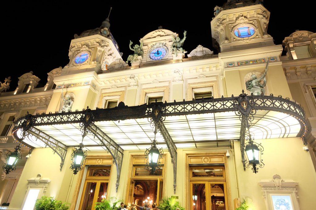 モナコおすすめ観光 カジノ ド モンテカルロ