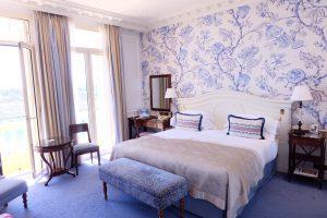 モナコのホテル エルミタージュ モンテカルロのお部屋の内装