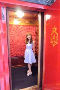 ニースのホテル ネグレスコ エレベーター