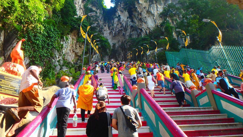 マレーシア1日弾丸旅行 バトゥ洞窟 大階段