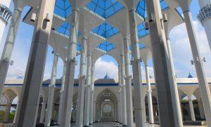 初めての海外旅行におすすめ マレーシア観光 イスラム