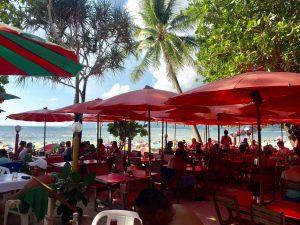 プーケットのパトンビーチ 海沿いレストラン