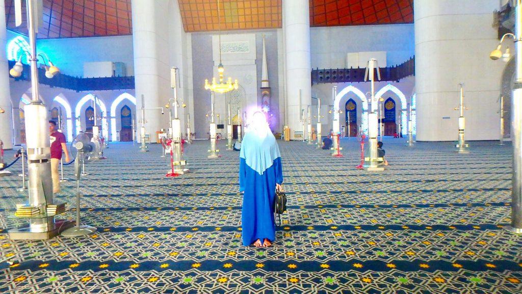 マレーシア ブルーモスク 大聖堂内部