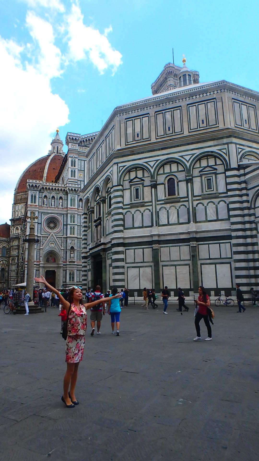 フィレンツェおすすめ観光 ドゥオーモ 大きい